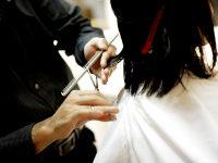 couper des cheveux